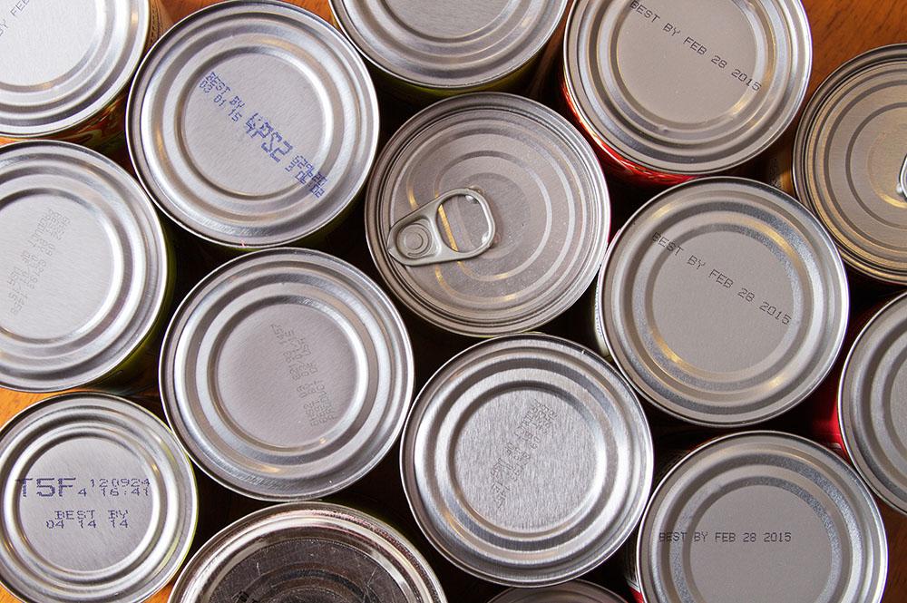 Join Lindow's Food Drive To Benefit Waukesha County